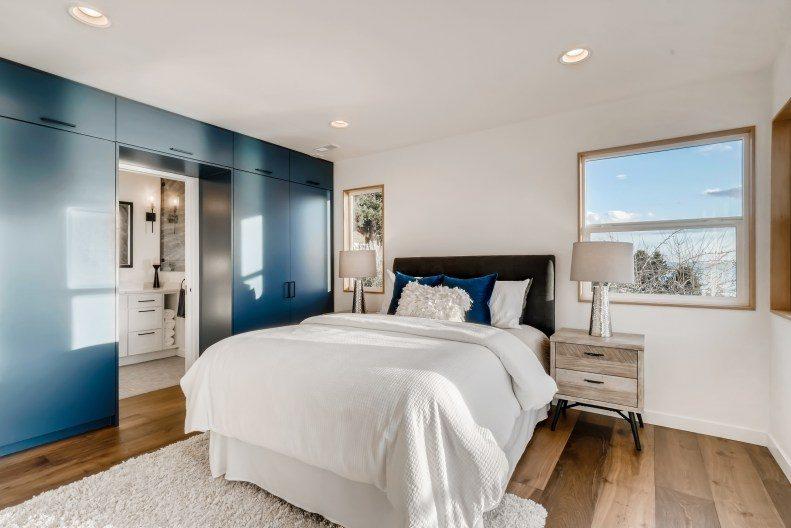 19-Primary-Bedroom-edit
